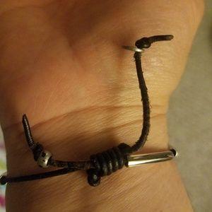 lizzie james Jewelry - Lizzie James adjustable bracelet with heart charm
